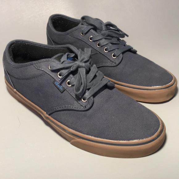 9ed5ecc77f Men s Casual Vans Fashion Shoe Size US 10.5. M 5c3646d9fe5151e6306ae15e